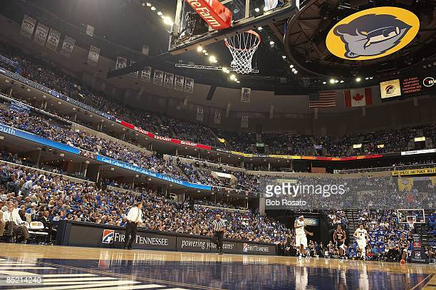 Overall view of FedEx Forum court during Memphis vs Southern Mississippi game. Cover background. Memphis, TN 2/28/2009 CREDIT: Bob Rosato