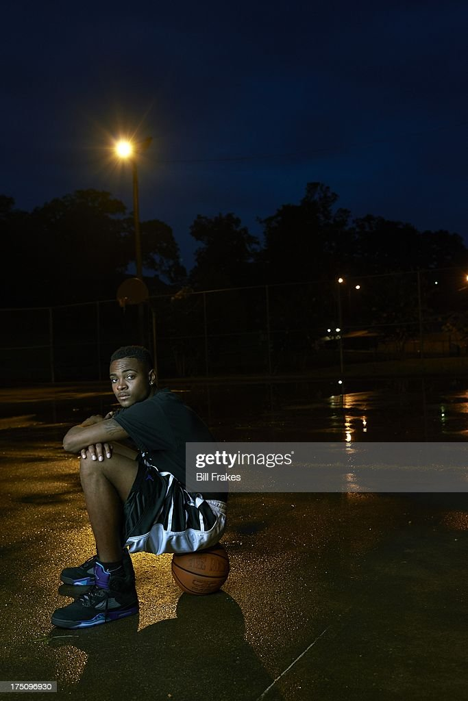 Portrait of Chipola College player Torian Graham during photo shoot on playground court. Graham, who has played at multiple colleges and high schools during his career, represents the high frequency of transfers over the last seven seasons. Bill Frakes F6 )