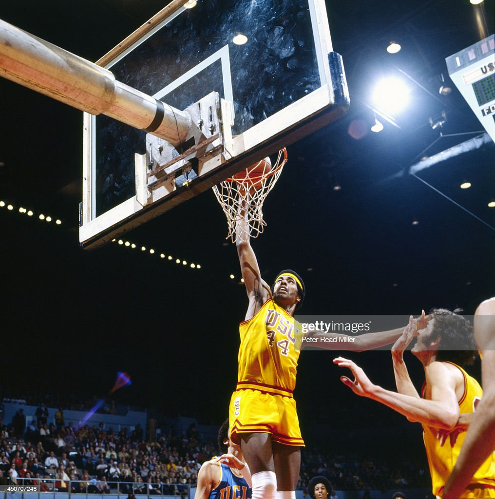 Photo Gallery Ucla Vs Cal: USC Cliff Robinson In Action Vs UCLA At Los Angeles