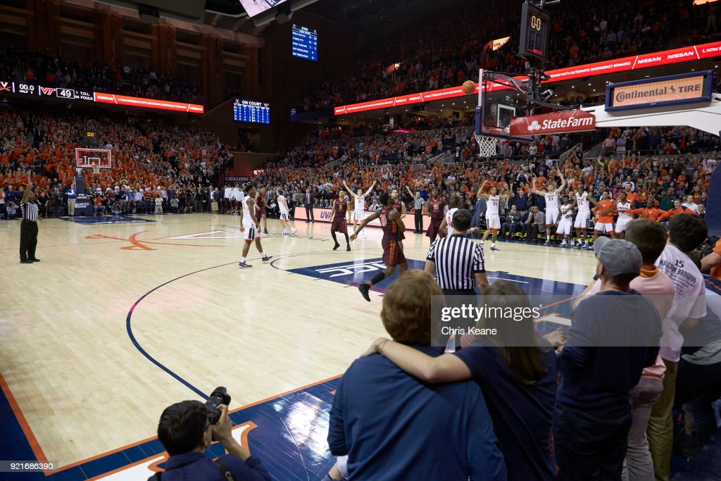 University of Virginia vs Virginia Tech University : Foto di attualità