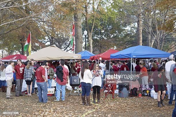 Alabama fans tailgating before game vs Auburn at The Quad on UA campus. Tuscaloosa, AL CREDIT: Kevin Liles