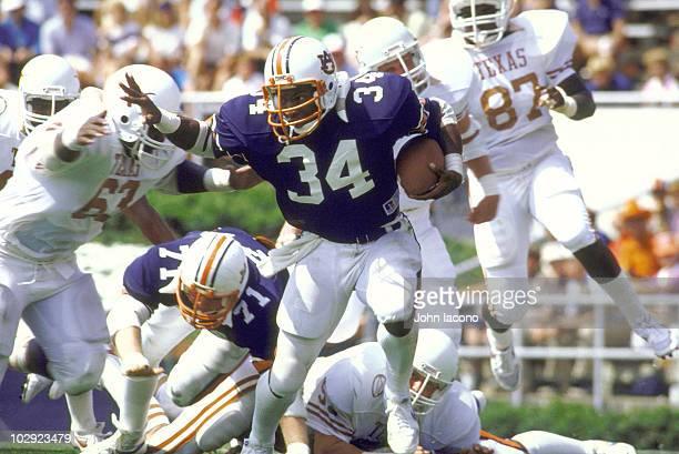 Auburn Bo Jackson in action rushing vs Texas Auburn AL 9/17/1983 CREDIT John Iacono 05828131