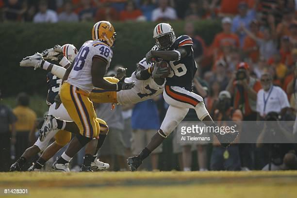 College Football: Auburn Courtney Taylor in action, rushing vs Louisiana State, Auburn, AL 9/16/2006