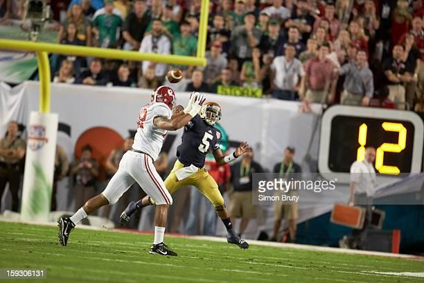BCS National Championship Alabama Adrian Hubbard in action defense vs Notre Dame QB Everett Golson at Sun Life Stadium Miami Gardens FL CREDIT Simon...