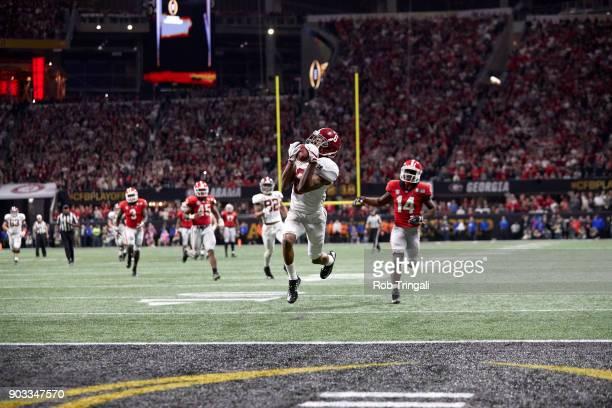 CFP National Championship Alabama Devonta Smith in action making touchdown catch vs Georgia at MercedesBenz Stadium Atlanta GA CREDIT Rob Tringali