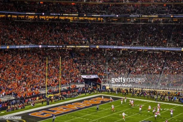 CFP National Championship Overall view of Clemson Travis Etienne in action rushing for touchdown vs Alabama at Levi's Stadium Wide view of stadium...