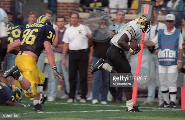 Colorado Rashaan Salaam in action scoring touchdown vs Michigan at Michigan Stadium Ann Arbor MI CREDIT Al Tielemans