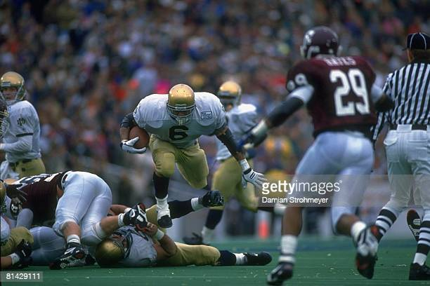 College Football Cotton Bowl Notre Dame Jerome Bettis in action rushing vs Texas AM Dallas TX 1/1/1993