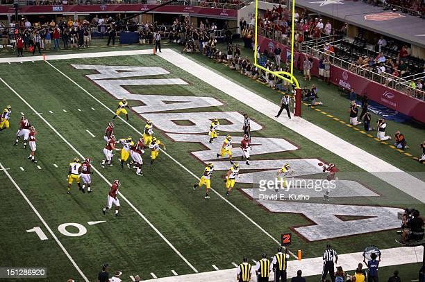 Cowboys Classic Aerial view of Alabama Michael Williams in action making touchdown catch vs Michigan at Cowboys Stadium Arlington TX CREDIT David E...