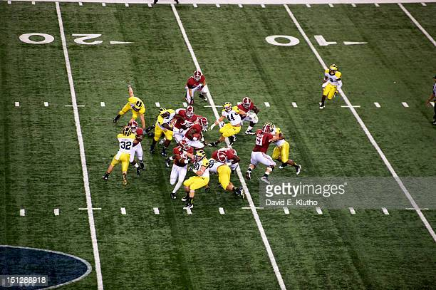 Cowboys Classic Aerial view of Alabama TJ Yeldon in action rushing vs Michigan at Cowboys Stadium Arlington TX CREDIT David E Klutho