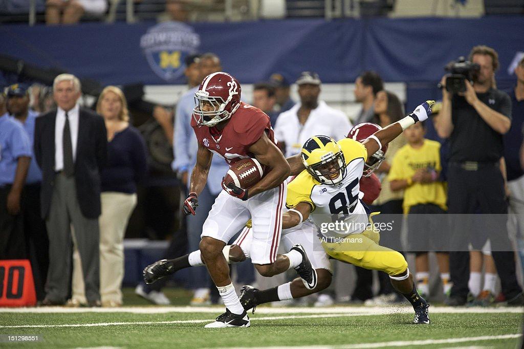 University of Alabama vs University of Michigan, 2012 Cowboys Classic : Foto jornalística