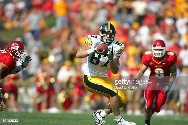 College Football: Iowa Scott Chandler in action, making catch vs Iowa State, Ames, IA 9/10/2005