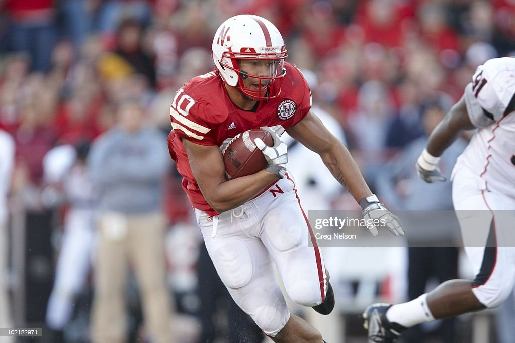 Nebraska Roy Helu Jr. (10) in action vs Texas Tech. Lincoln, NE