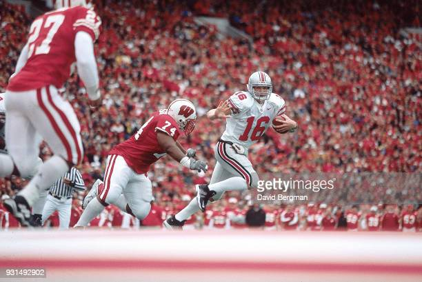 Ohio State QB Craig Krenzel in action vs Wisconsin at Campo Randall Stadium Madison Wi CREDIT David Bergman