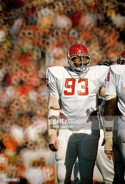 Oklahoma Lee Roy Selmon on sidelines during game.USA 1/1/1970--CREDIT: Rich Clarkson