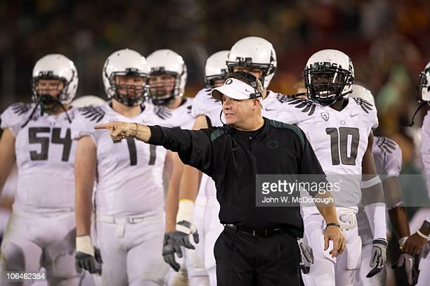 Oregon coach Chip Kelly during game vs USC. Los Angeles, CA CREDIT: John W. McDonough