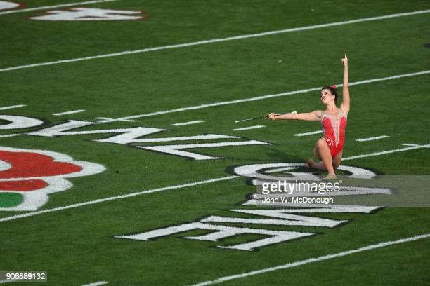 Rose Bowl Oklahoma cheerleader on field before game vs Georgia at Rose Bowl Stadium Pasadena CA CREDIT John W McDonough