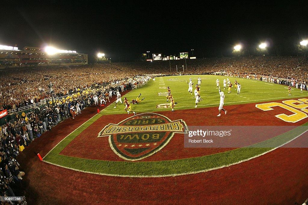 University of Texas vs University of Southern California, 2006 Rose Bowl : News Photo