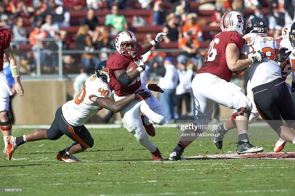 Stanford Stepfan Taylor (33) in action, rushing vs Oregon State at Stanford Stadium. John W. McDonough F224 )