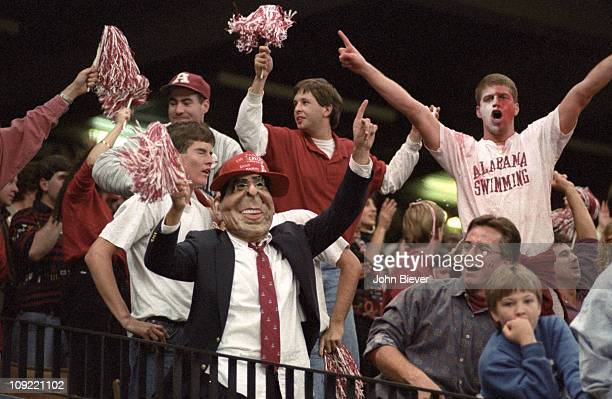 Sugar Bowl Alabama fans in stands victorious during game vs Miami at Louisiana Superdome New Orleans LA 1/1/1993CREDIT John Biever