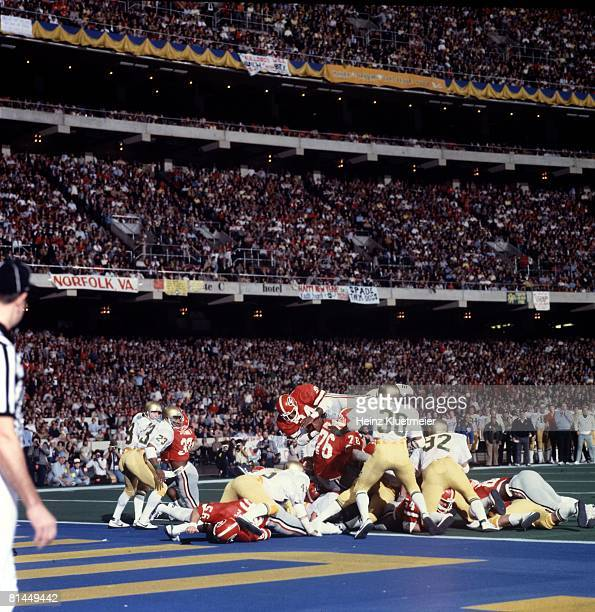 College Football Sugar Bowl Georgia Herschel Walker in action diving and scoring touchdown vs Notre Dame New Orleans LA 1/1/1981