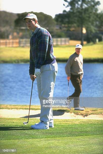 Tennessee QB Peyton Manning with father Archie Manning during golf outing New Orleans LA 3/21/1996 CREDIT Patrick MurphyRacey