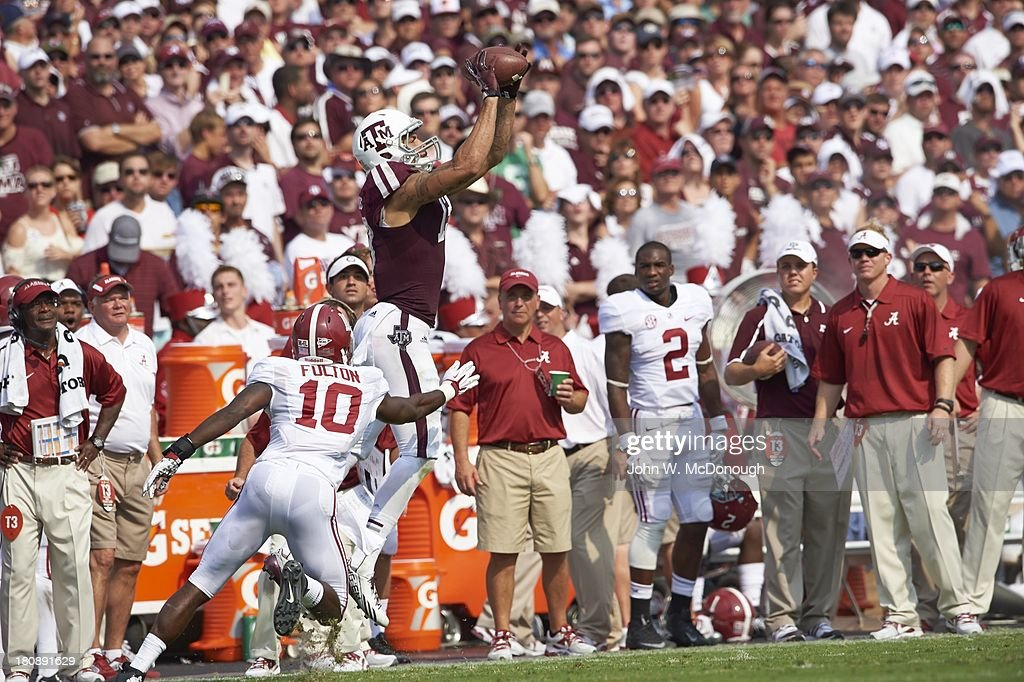 Texas A M Mike Evans In Action Making Catch Vs Alabama At Kyle News Photo Getty Images