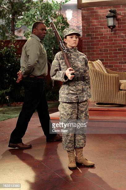 STANDING College Girl Jonathan Taylor Thomas makes a special guest star appearance when he reunites with Tim Allen his dad from Home Improvement When...
