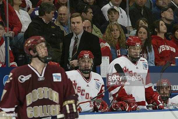 College Hockey NCAA Frozen Four Finals Wisconsin coach Mike Eaves on bench during game vs Boston College Milwaukee WI 4/8/2006