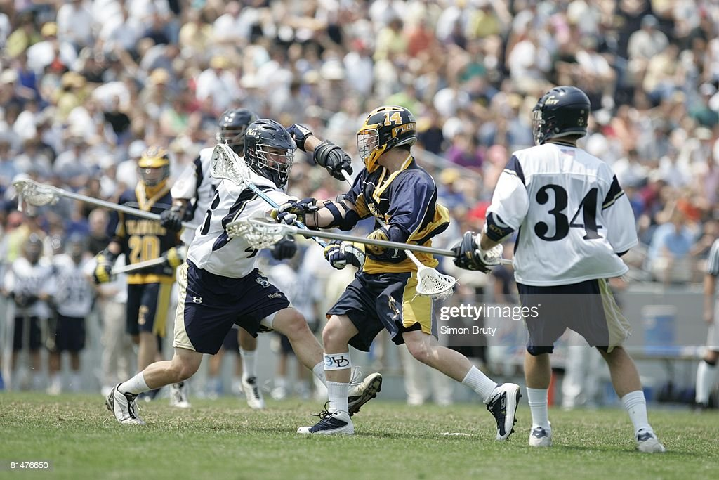 NCAA playoffs, Delaware Andy Hipple in action vs Navy