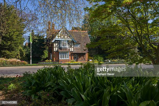 College Lodge at the main entrance of Dulwich Park in south London Dulwich Park is a 3085hectare park in the London Borough of Southwark south London...