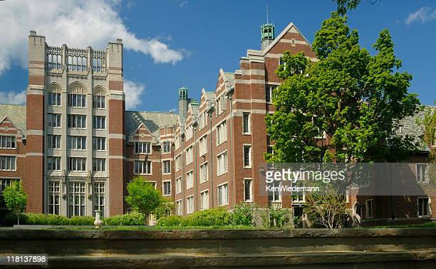 college quad - wellesley massachusetts stock pictures, royalty-free photos & images