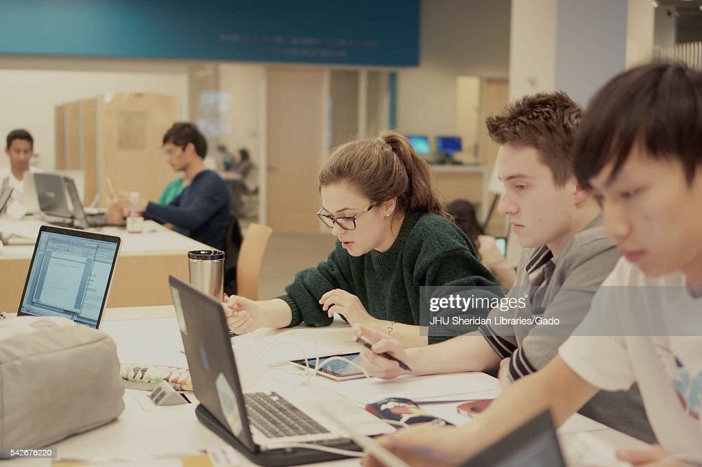 Students Studying At the Brody Learning Commons : News Photo