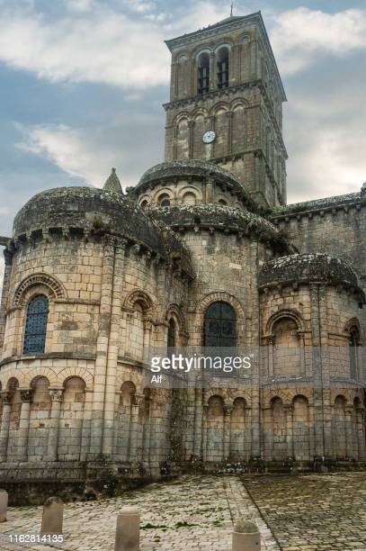 collegiate church of st-pierre de chauvigny,poitou - charentes, france - chauvigny stock pictures, royalty-free photos & images