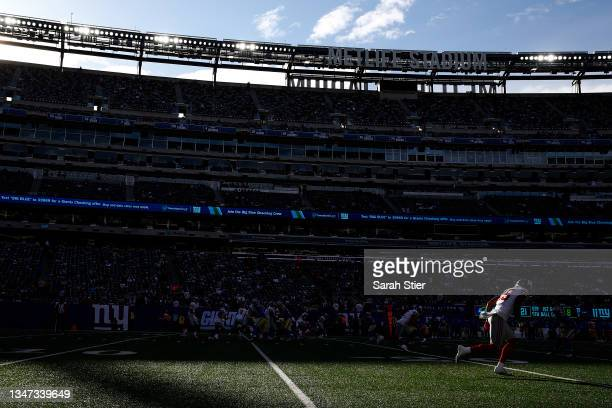 Collin Johnson of the New York Giants stands at the line of scrimmage during the second half against the Los Angeles Rams at MetLife Stadium on...