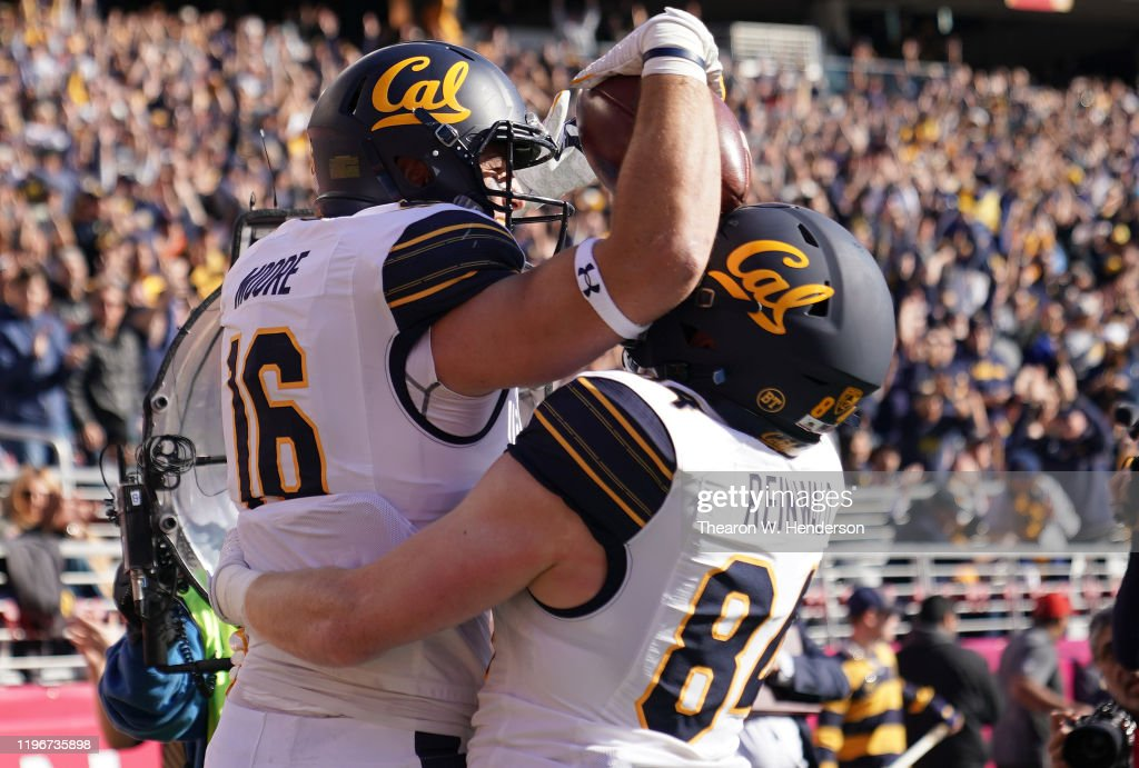 Redbox Bowl - California v Illinois : News Photo