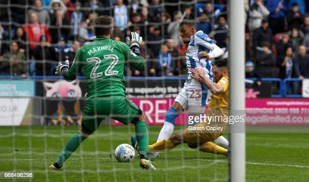 [Image: collin-quaner-of-huddersfield-scores-the...?s=612x612]