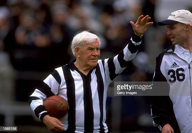 Collingwood legend Lou Richards at the last game at Victoria Park in Melbourne during the 1999 AFL Season in Australia Mandatory Credit Allsport AUS...