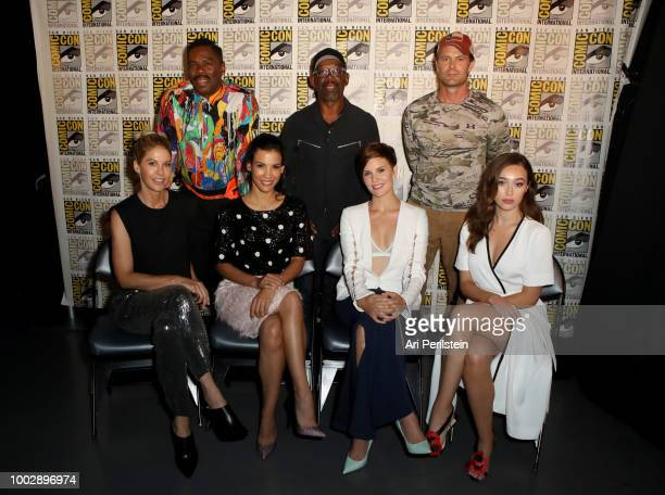 Colman Domingo Lennie James and Garret Dillahunt Jenna Elfman Danay Garcia Maggie Grace and Alycia DebnamCarey attend the 'Fear the Walking Dead'...