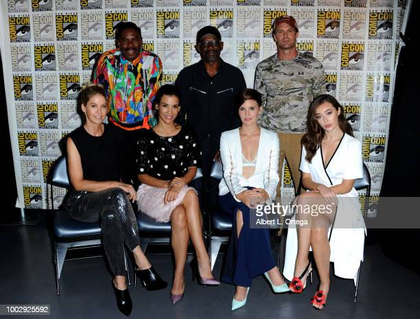 Colman Domingo Lennie James and Garret Dillahunt Jenna Elfman Danay Garcia Maggie Grace and Alycia DebnamCarey attend AMC's Fear The Walking Dead...