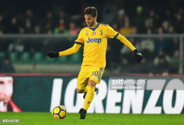 Colman Rodrigo Bentancur of Juventus in action during the serie A match between Hellas Verona FC and Juventus at Stadio Marc'Antonio Bentegodi on...