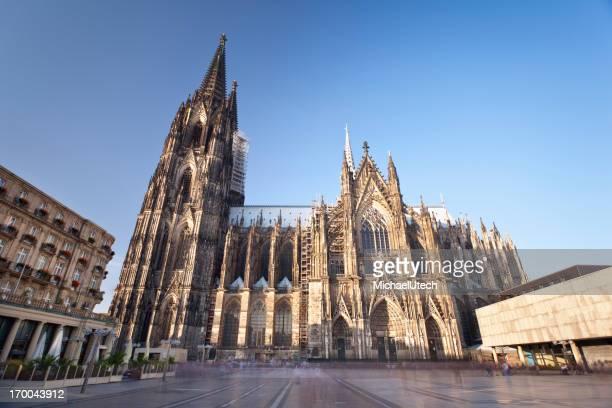 Catedral de Colónia em dia