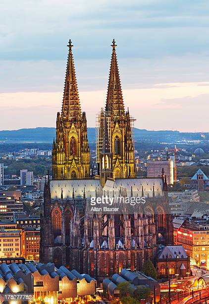 Cologne Cathedral illuminated at dusk