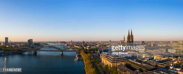 cologne panorama - köln stock-fotos und bilder