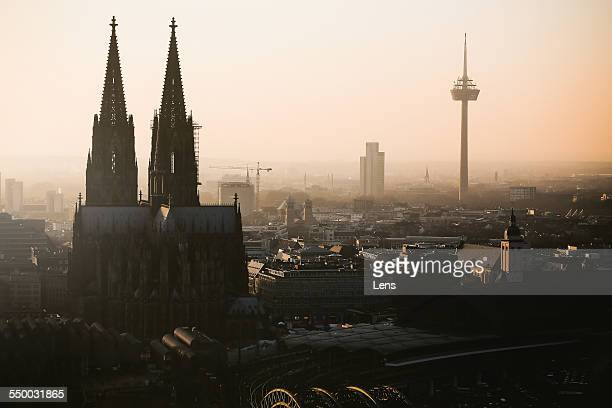 cologne skyline - cologne cathedral stock photos and pictures