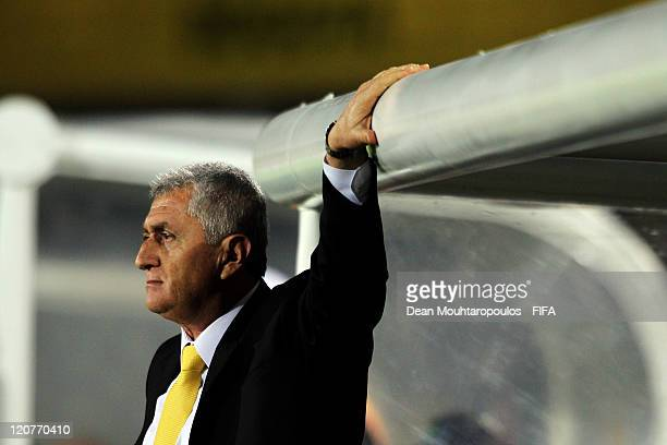 Colombia Coach Eduardo Lara looks on during the FIFA U20 World Cup Round 16 match between Colombia and Costa Rica at The El Campin Stadium on August...