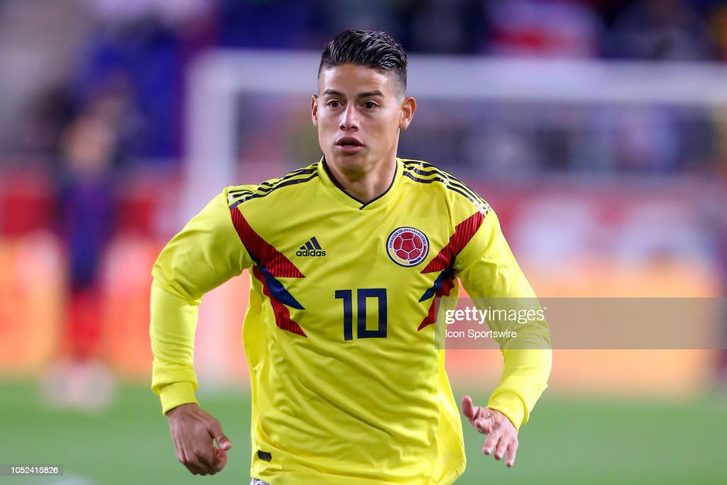 SOCCER: OCT 16 Costa Rica v Colombia : News Photo