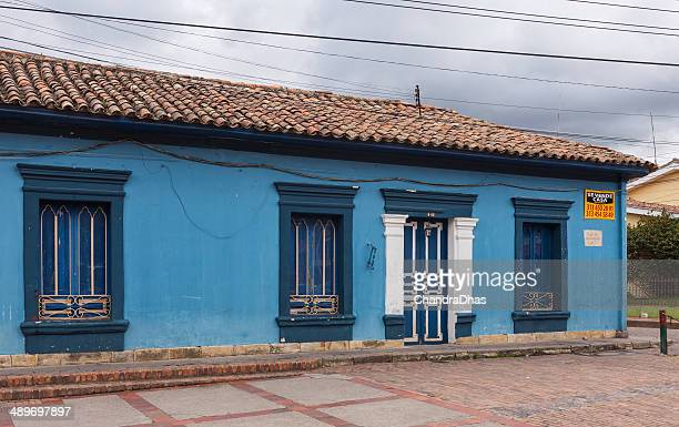 Colombia: old house, colonial architecture, on Tabio plaza for sale