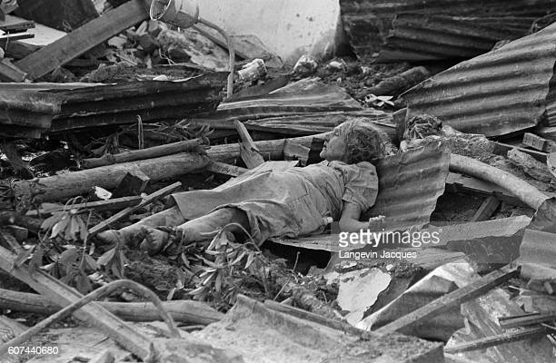 Colombia the Dramatic Photos November 1516 1985 An estimated 20000 persons have died in the mudslide in Colombia when the Nevado des Ruiz volcano...