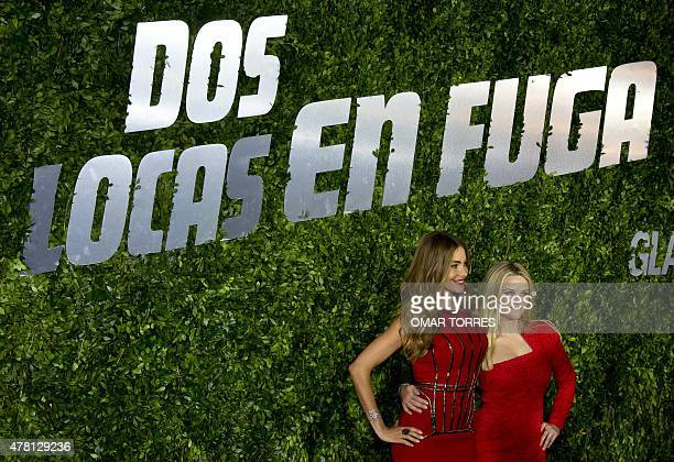 """Colombian actress Sofia Vergara and US actress and Oscar winner Reese Witherspoon pose for photographers during the premiere of the film """"Hot..."""
